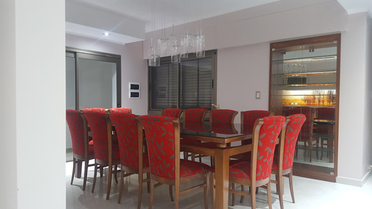 Classic style dining room by milena oitana Classic Wood Wood effect