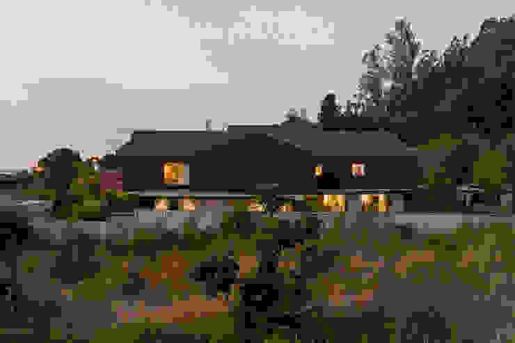 Casa Villuco Dx Arquitectos Casas de estilo rústico