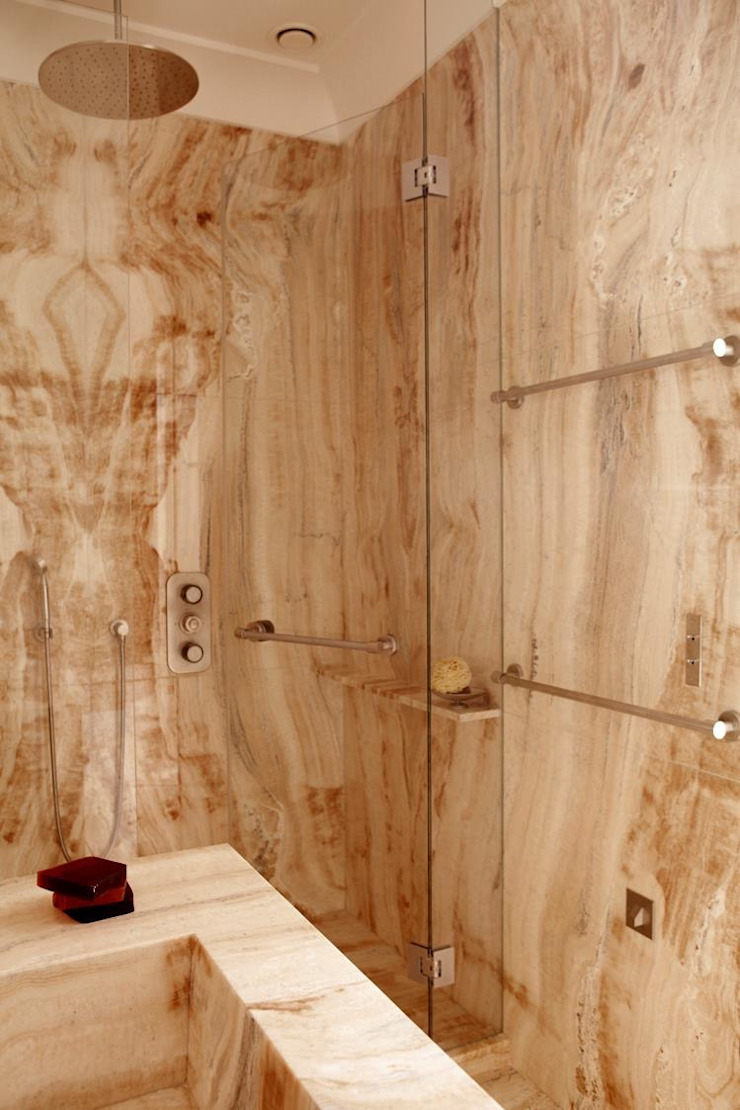 Klassische Badezimmer von Marmo Elite srl Soc. Unipersonale Klassisch Marmor