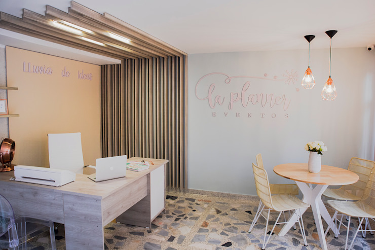 Oficina La Planner de Casa Cervantes Minimalista