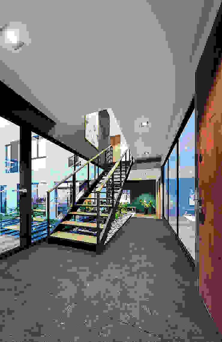 Proyecto Lomas de las Palmas Urbyarch Arquitectura / Diseño Escaleras