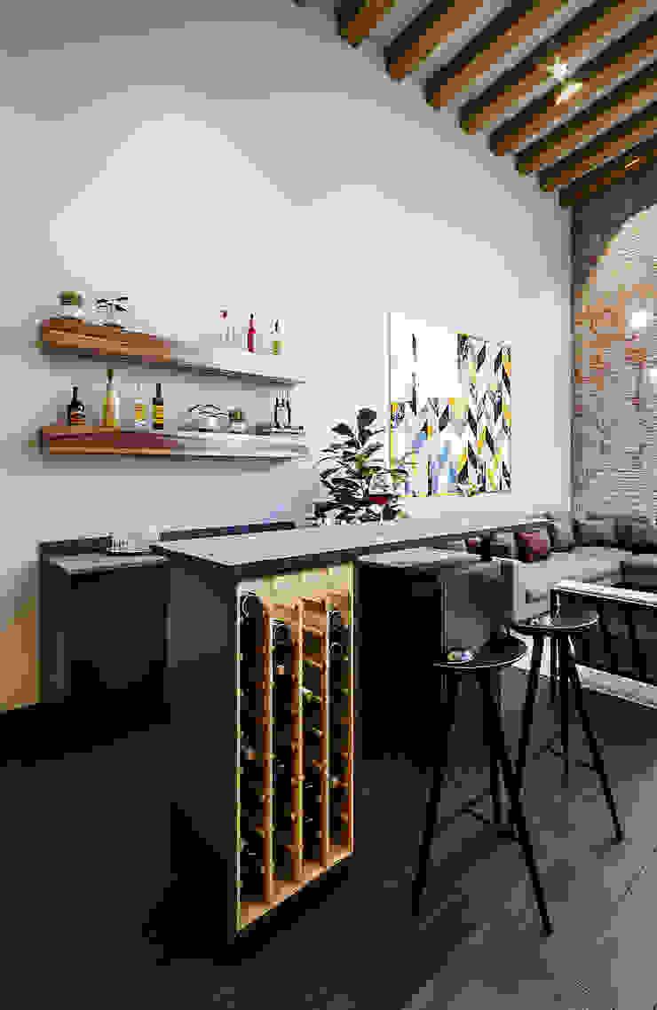 Urbyarch Arquitectura / Diseño Wine cellar