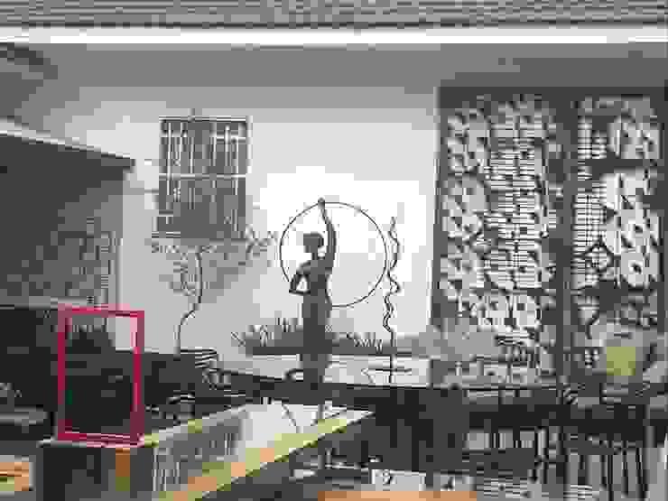 Espaço descontraído e confortável Bares e clubes modernos por Izabella Biancardine Interiores Moderno