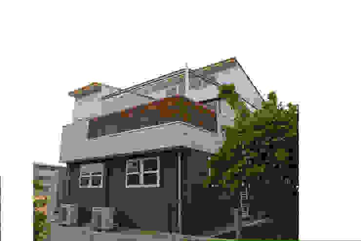 من 株式会社高野設計工房 حداثي