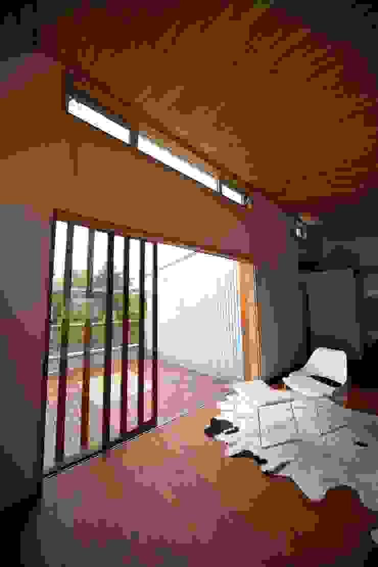 株式会社高野設計工房 Janelas de madeira