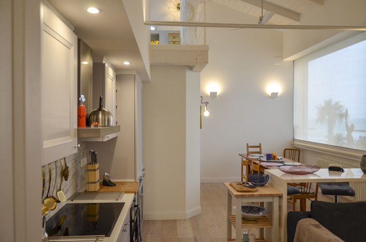 Tra mare e vecchio incasao – 90mq Cucina moderna di Studio ARCH+D Moderno