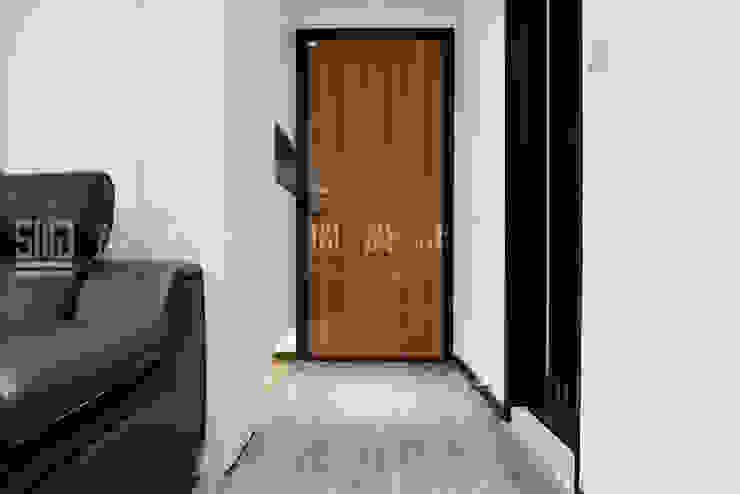 永龍建設-V&A/御景.芳庭 斯堪的納維亞風格的走廊,走廊和樓梯 根據 SING萬寶隆空間設計 北歐風