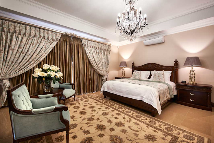 European Influence Villa Mediterranean style bedroom by Da Rocha Interiors Mediterranean