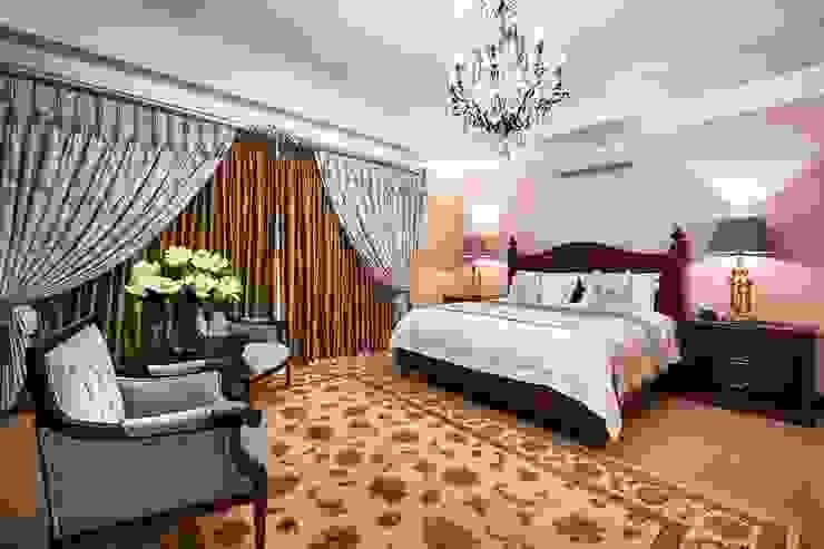 European Influence Villa Mediterranean style bedroom by Da Rocha Interiors Mediterranean