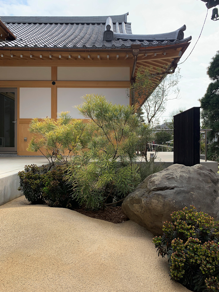 Asian style garden by (有)ハートランド Asian Stone