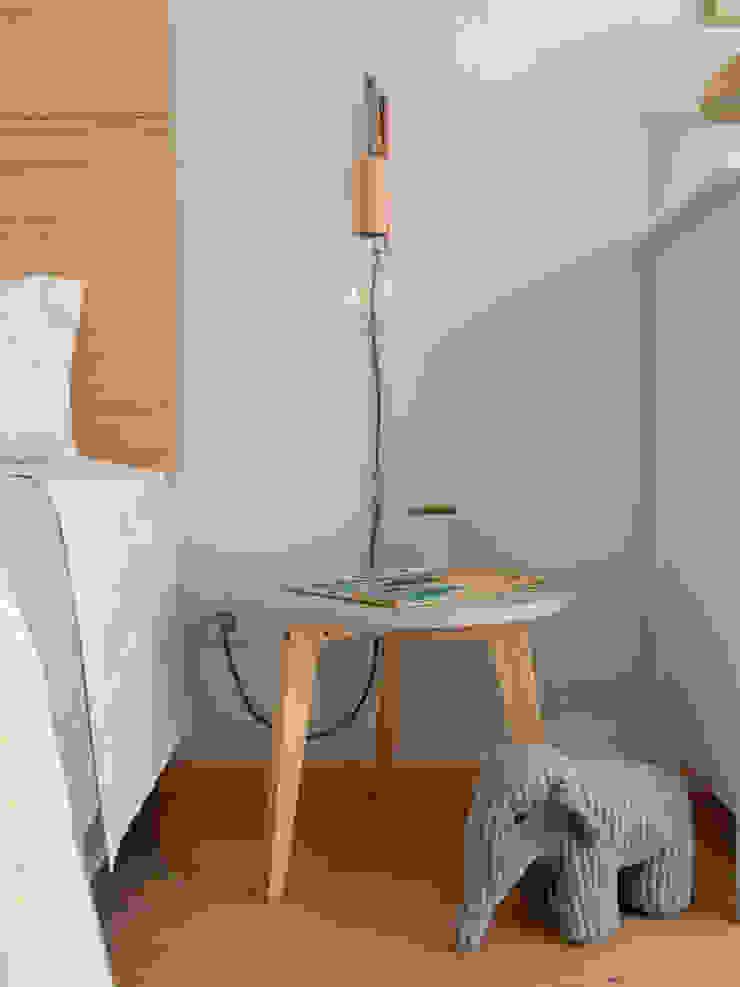 Quarto de Criança Quartos de criança modernos por MUDA Home Design Moderno