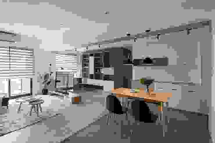 開放式用餐空間 根據 極簡室內設計 Simple Design Studio 北歐風
