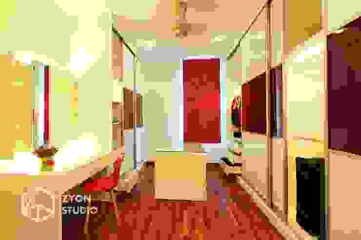 Kiara Residence Puchong Modern style dressing rooms by ZYON STUDIO SDN BHD(fka zyon interior design sdn bhd) Modern