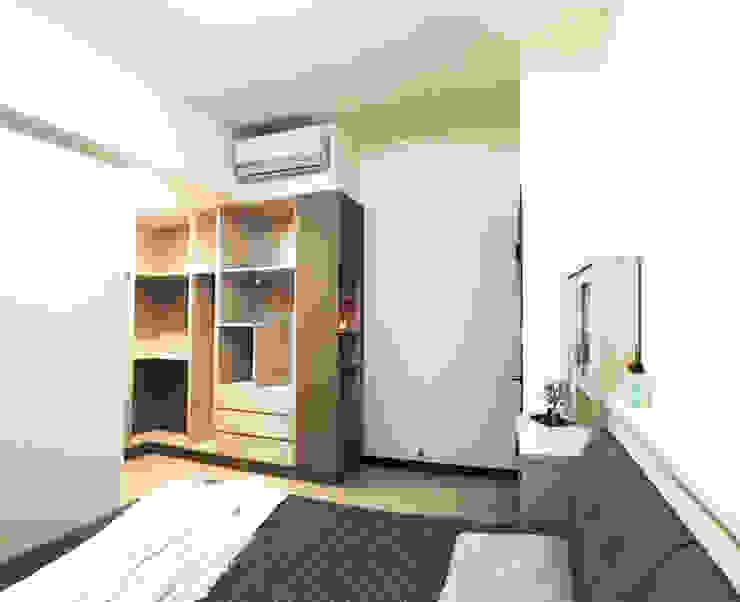主臥室也以簡單的木質設計為主 台中室內設計裝修|心之所向設計美學工作室 Small bedroom