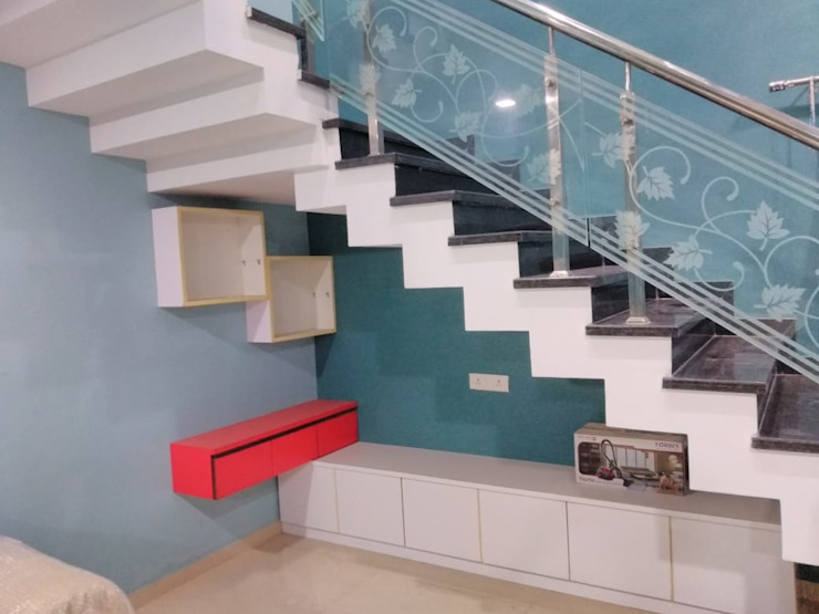 Stair Railing And Storage Homagica Services Private Limited Corridor, hallway & stairs Storage