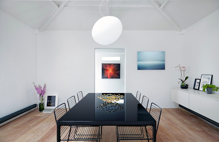 Coach House Residence - Dining Room Sandra Flashman Studio Minimalist dining room