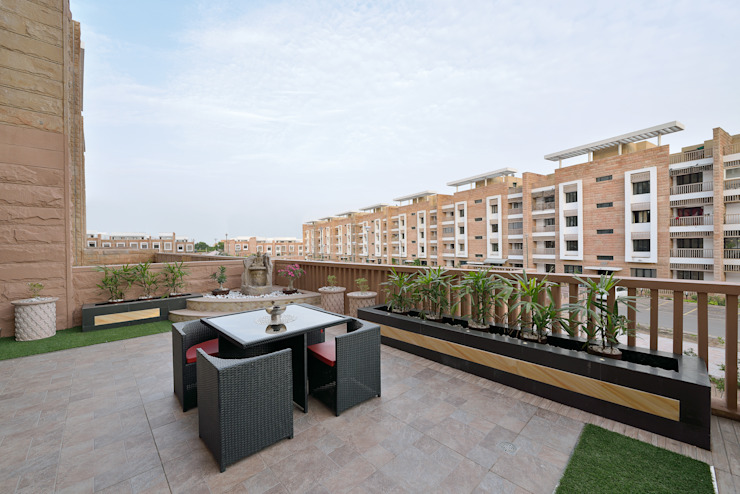 Designer's Fantasy Modern balcony, veranda & terrace by Ar. Milind Pai Modern