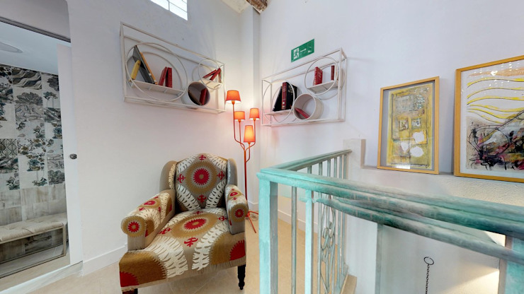 Eclectic style hotels by VICTOR MONTERO DESIGN Eclectic
