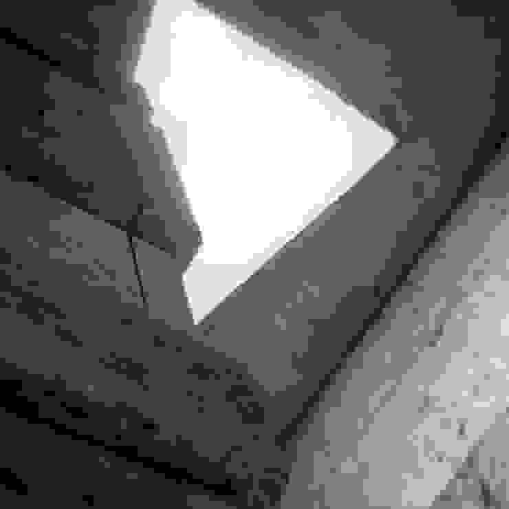190 Paredes y pisos modernos de Maximiliano Lago Arquitectura - Estudio Azteca Moderno