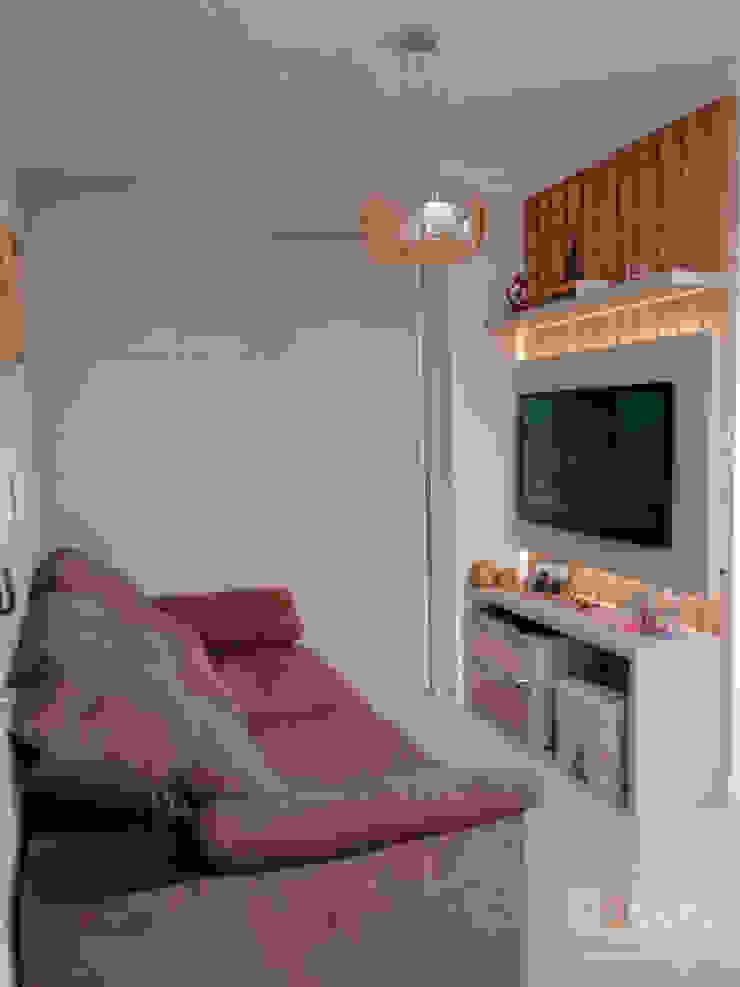 DECORE AMBIENTES Moderne Wohnzimmer