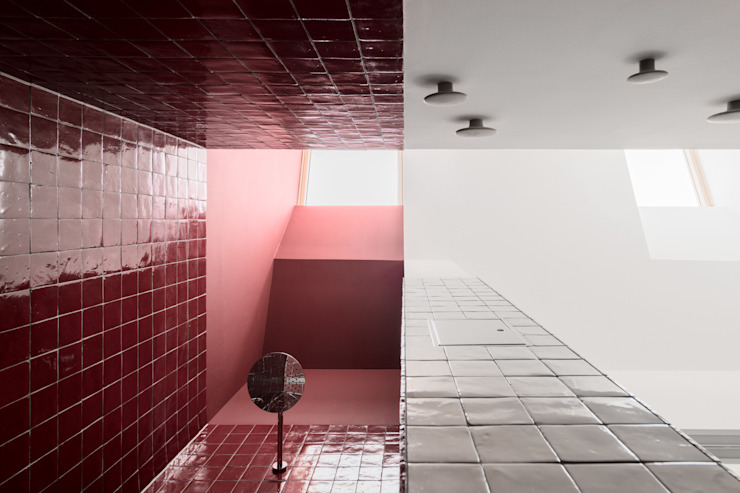 IFUB* Modern bathroom Red
