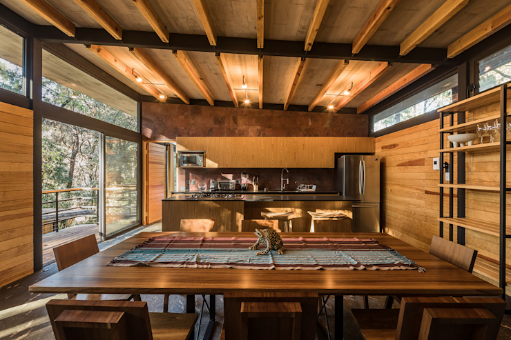 Saavedra Arquitectos Modern dining room Wood Wood effect