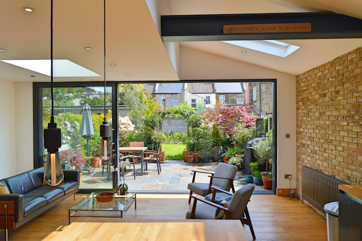 Architect designed house extension Maryland Newham E15 - View to the garden GOAStudio | London residential architecture Modern living room