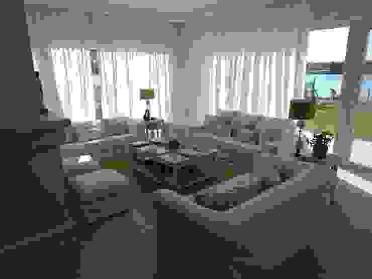 Living Salones clásicos de Estudio Dillon Terzaghi Arquitectura - Pilar Clásico Cerámico