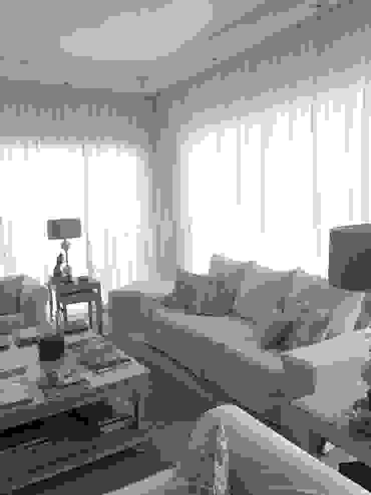 Rincón del living de Estudio Dillon Terzaghi Arquitectura - Pilar Clásico Algodón Rojo