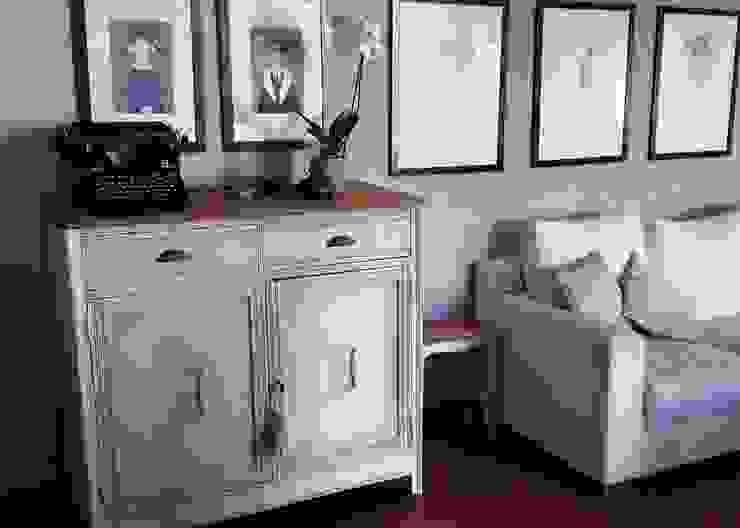 Crea armonia nella tua casa abbinando mobili ed accessori Mobili a Colori Sala da pranzo in stile mediterraneo Legno Bianco