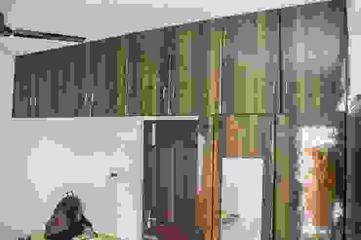Bedroom Attic storage unit Ajith interiors BedroomWardrobes & closets Plywood Wood effect