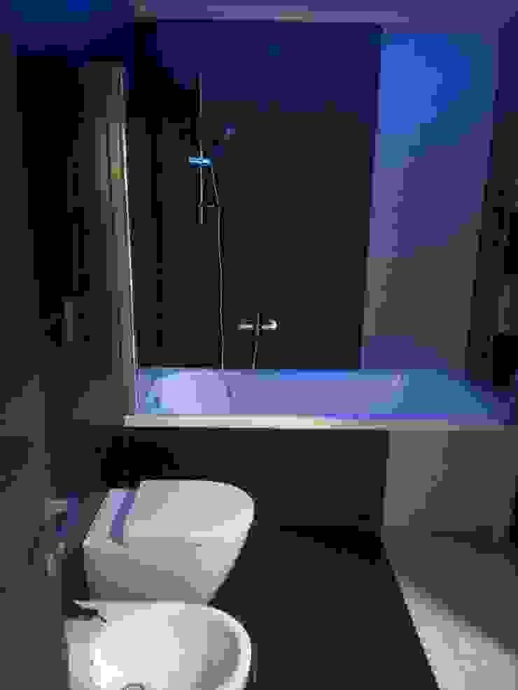 Casa P45 Bagno moderno di ArchitetturaTerapia® Moderno Piastrelle
