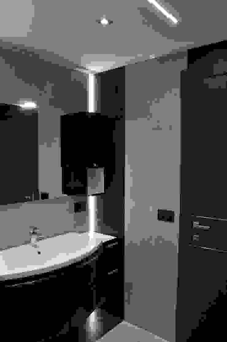 Casa P45 Bagno moderno di ArchitetturaTerapia® Moderno Ceramica
