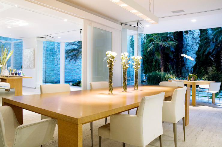 Modern Dining Room by Alexander Congonha Modern Wood Wood effect