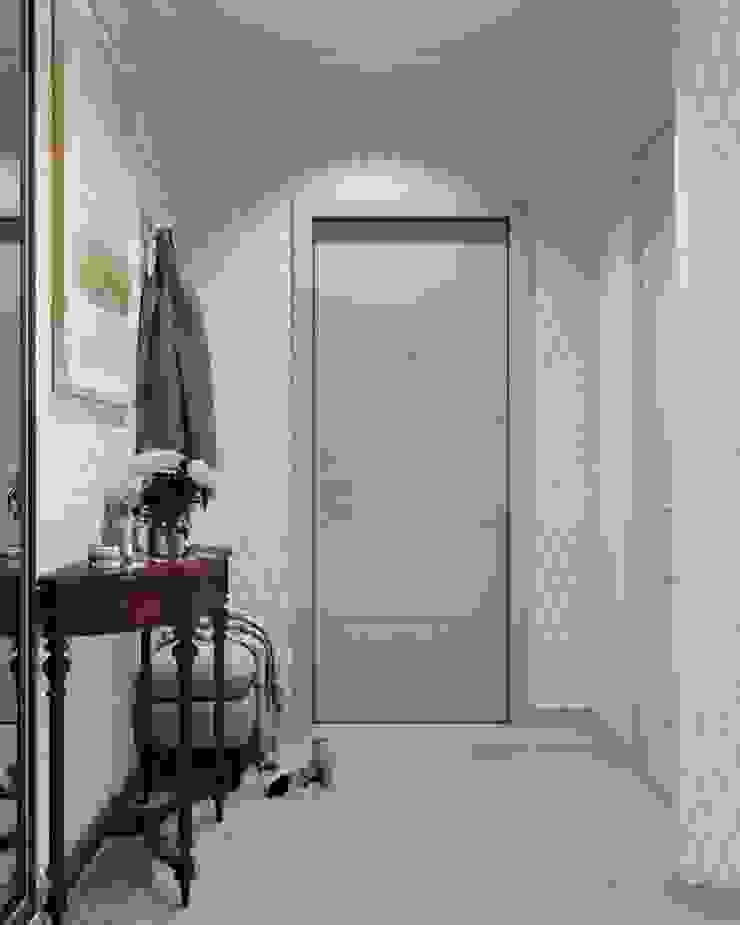 Pasillos, vestíbulos y escaleras de estilo clásico de 'INTSTYLE' Clásico Azulejos