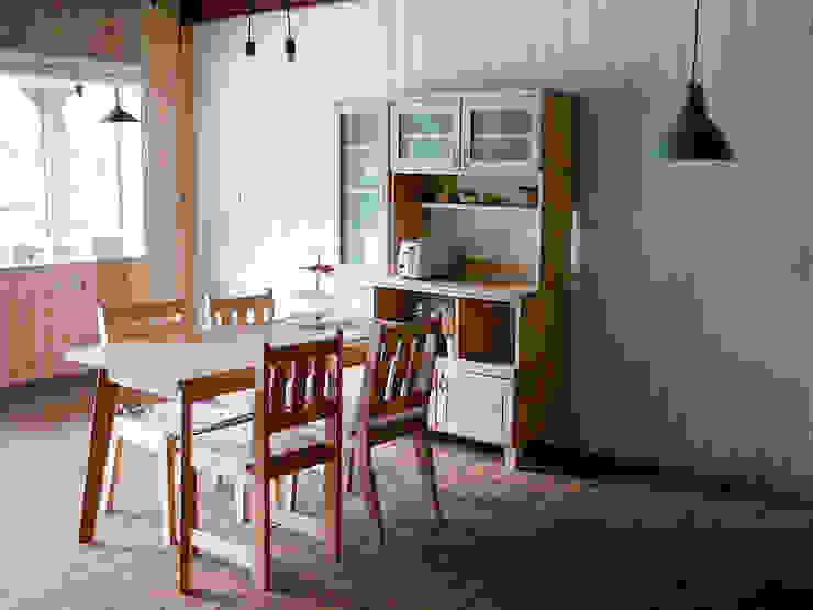 원목 주방수납장과 원목 식탁세트를 함께 사용해보세요: 나무모아의 스칸디나비아 사람 ,북유럽 우드 우드 그레인