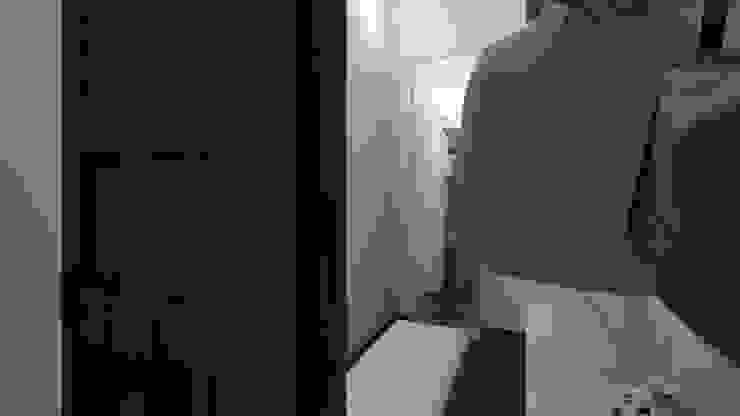 Moderner Flur, Diele & Treppenhaus von Arkiline Arquitectura Optativa Modern Holzspanplatte