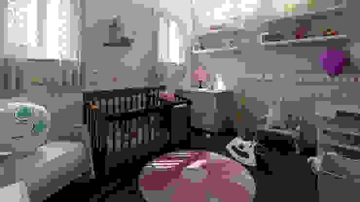 Moderne Kinderzimmer von Arkiline Arquitectura Optativa Modern Holzspanplatte