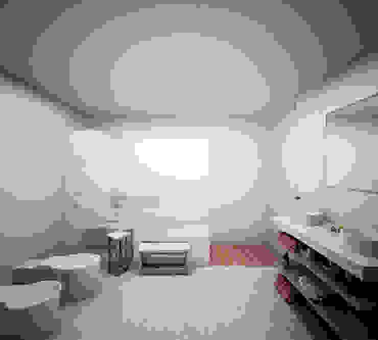 Baño en Suite de la habitación principal Baños de estilo minimalista de S-AART Minimalista