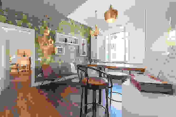 Living House a Prati Arnia Architetture Soggiorno eclettico Legno Ambra/Oro