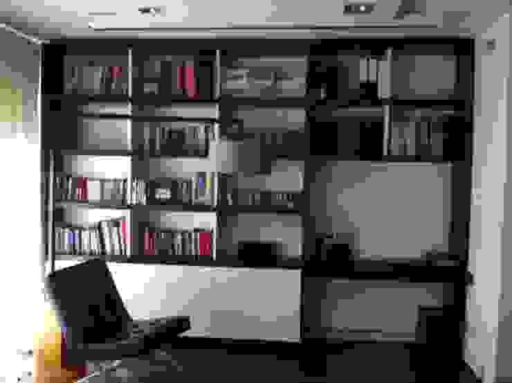 Docótic instalada acorde a la decoración del lugar de Domonova Soluciones Tecnológicas para tu vivienda en Madrid Moderno