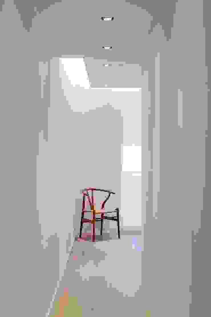 Studioapart Interior & Product design Barcelona Minimalist bedroom Wood
