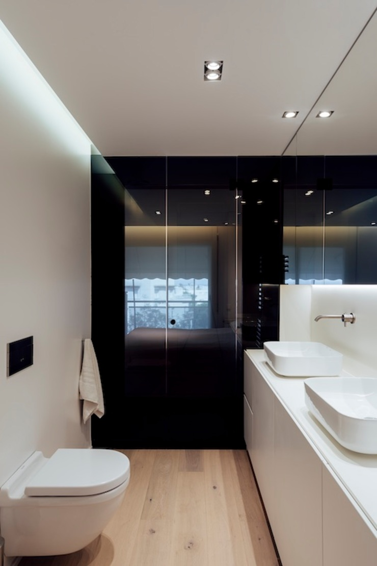 Studioapart Interior & Product design Barcelona Minimalist style bathrooms Glass