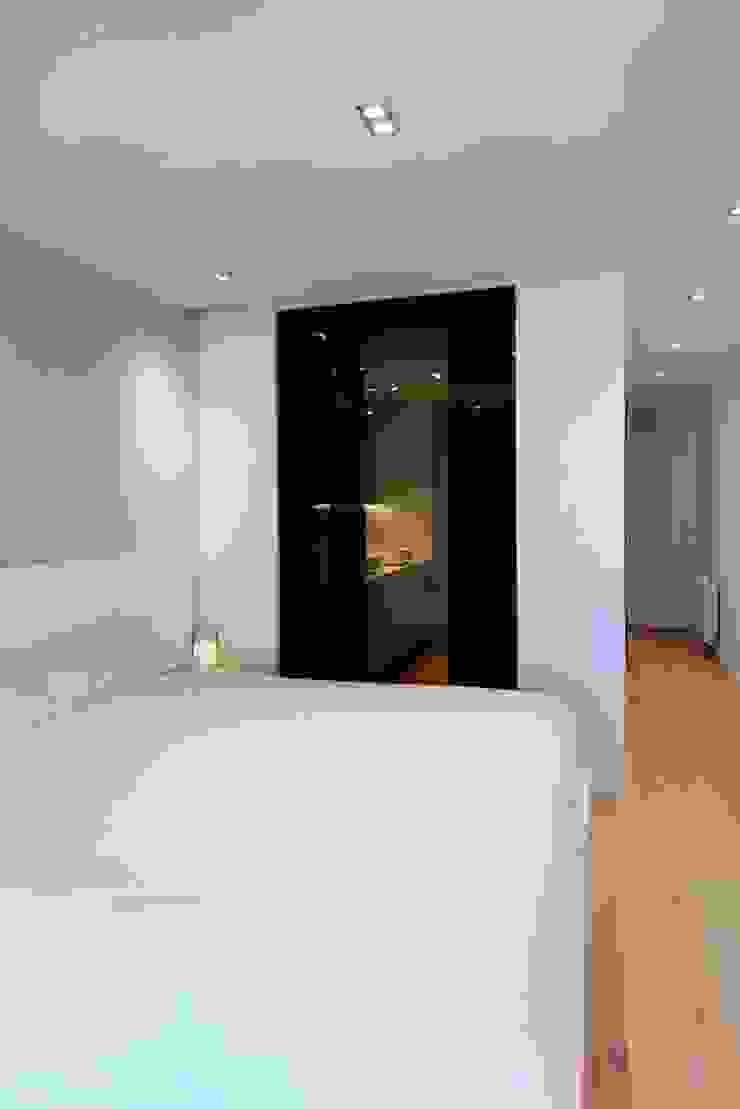 Studioapart Interior & Product design Barcelona Minimalist bedroom Marble