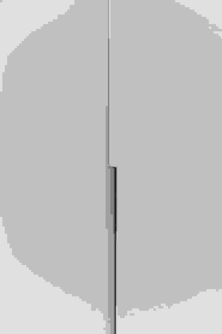 Studioapart Interior & Product design Barcelona Minimalist dressing room Wood-Plastic Composite