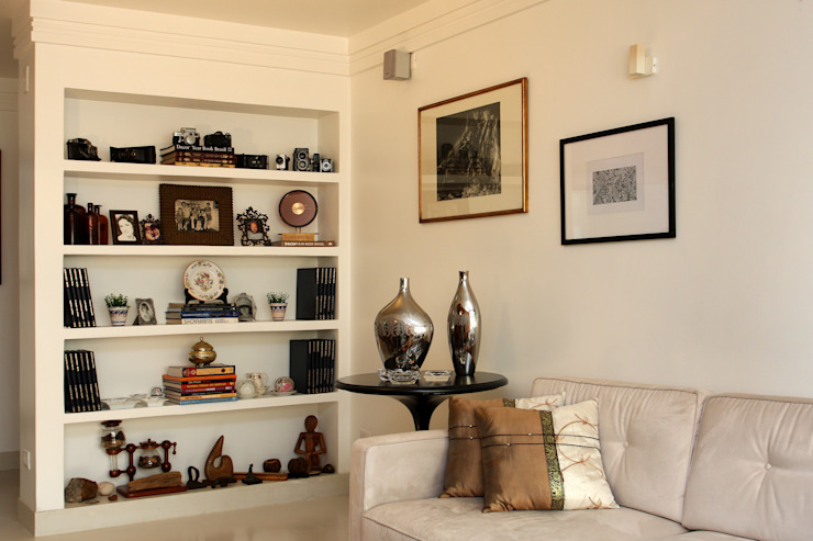 Living Salas de estar modernas por Célia Orlandi por Ato em Arte Moderno