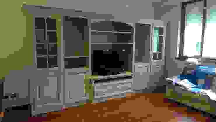 Parete soggiorno legno massello con vano tv Mobili a Colori Soggiorno in stile coloniale Legno Rosa