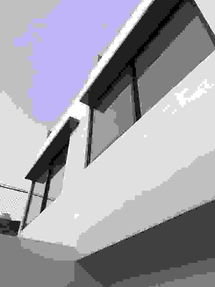 Casa – Santa Tere Arquimia Arquitectos Casas prefabricadas Beige
