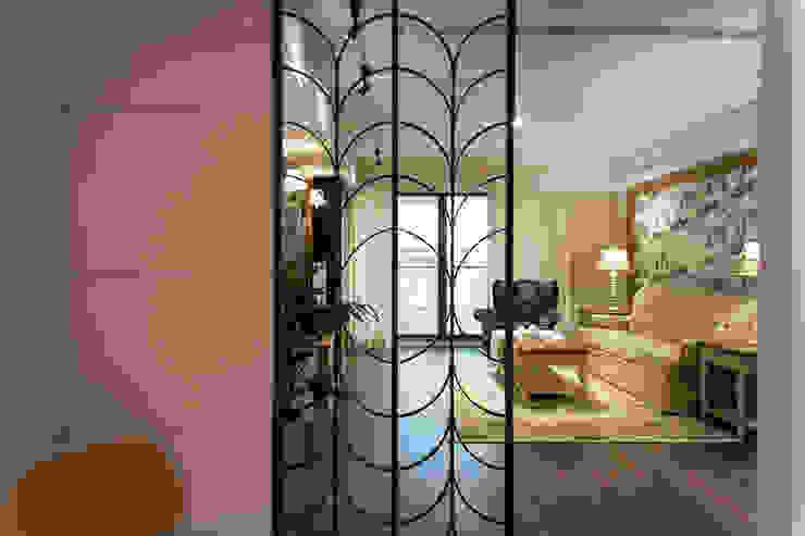 日光綠景 乡村风格的走廊,走廊和楼梯 根據 松泰室內裝修設計工程有限公司 鄉村風 金屬