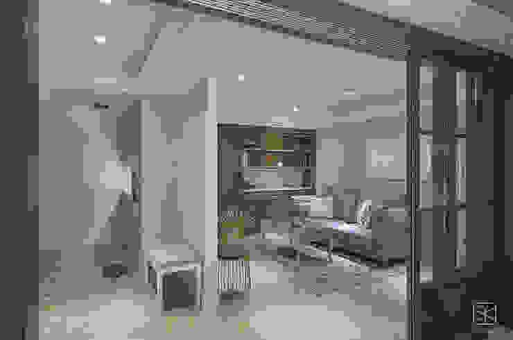Livings de estilo clásico de 禾廊室內設計 Clásico